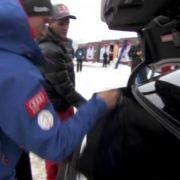 Ex-Skisprungass Thomas Morgenstern hat vor dem Auftakt der Vierschanzentournee in Oberstdorf Chauffeur für die Mitfavoriten Severin Freund und Gregor Schlierenzauer gespielt - und dabei einige interessante Fragen gestellt.