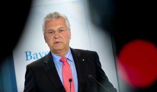 Bayern will abgelehnte Asylbewerber schneller abschieben (Foto)