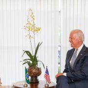 US-Vizepräsident bemüht sich in Brasília um Wiedergutmachung (Foto)