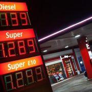 Benzin war 2014 im Schnitt so günstig wie seit vier Jahren nicht (Foto)