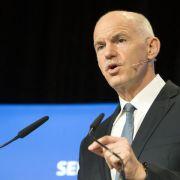 Ex-Regierungschef Papandreou spaltet griechische Sozialisten (Foto)