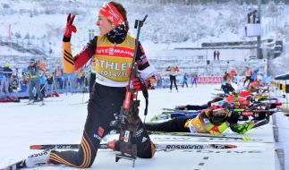 Die deutsche Biathletin Luise Kummer trainiert am 06.01.2015 mit der Waffe am Schießstand in der DKB-Ski-Arena in Oberhof. (Foto)