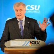 Seehofer schließt Amtszeit nach 2018 in Bayern nun aus (Foto)
