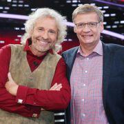 Die Show-Dinos teilen ihren Gewinn mit dem größten Mann Deutschlands (Foto)