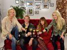 Promi Shopping Queen 2015 startete mit Sonya Kraus, Simon Gosejohann, Alexandra Kamp und Mirja du Mont ins neue Jahr. (Foto)