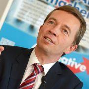 AfDstartet mit Lucke und Henkel in den Hamburg-Wahlkampf (Foto)