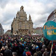 35 000 Menschen zeigen Flagge für weltoffenes Dresden (Foto)