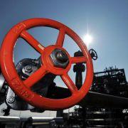Ölpreise fallen weiter - Brent erneut unter 50 Dollar (Foto)