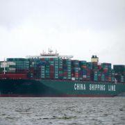 Größtes Schiff der Welt für drei Tage in Hamburg (Foto)