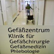 Ex-Chefarzt wegen Missbrauchs von Patientinnen angeklagt (Foto)