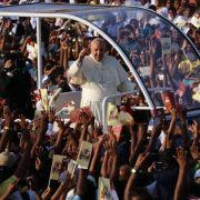 Papst spricht Missionar Joseph Vaz auf Sri Lanka heilig (Foto)