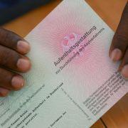 2014 mehr als 200 000 Asylanträge (Foto)