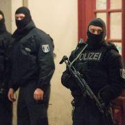 Elf Wohnungen durchsucht, Islamistenzelle ausgehoben (Foto)