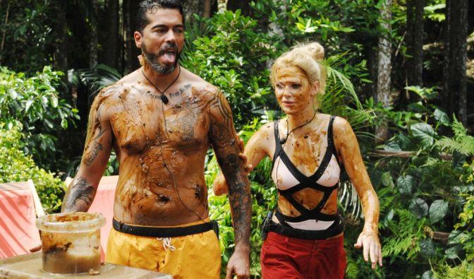 Tag 1 im Dschungel: Aurelio und Sara müssen zur ersten Ekel-Prüfung. (Foto)
