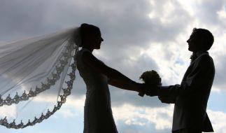 Die Hochzeitsvorbereitungen laufen auf Hochtouren. (Foto)