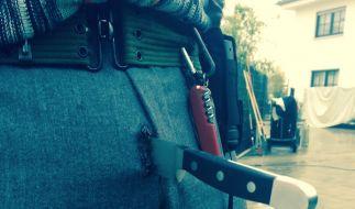 Autsch! Wie kommt das Messer in Wotans Hose? (Foto)