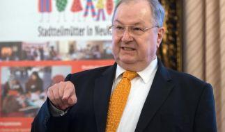Heinz Buschkowsky greift Angela Merkel an. (Foto)