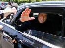 Berlusconi darf Sozialdienst früher beenden (Foto)