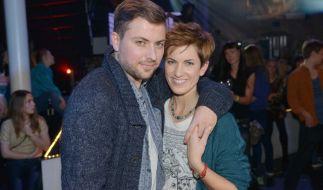John (Felix von Jascheroff) und Pia (Isabell Horn) sind wieder da. (Foto)