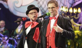Schlapper und Latz bei der großen Kostümsitzung der Kölner Ehrengarde. (Foto)