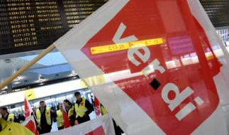 Neue Warnstreiks an Flughäfen stehen bevor (Foto)