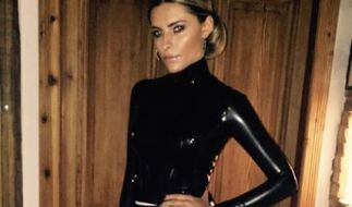 Im Latex-Look auf einer Berlinale-Party: Sophia Thomalla. (Foto)