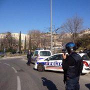 Schießerei in Marseille: Polizisten riegeln Hafenstadt ab (Foto)