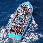 Neues Drama vor Lampedusa:Mindestens 25 Flüchtlinge erfrieren (Foto)