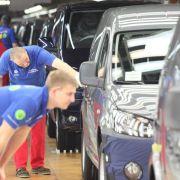 BMW und Volkswagen wollen Tausende neue Stellen schaffen (Foto)