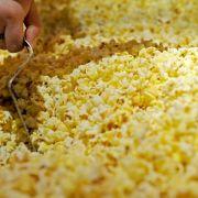 Wasserdampf macht das Popp-Geräusch beim Popcorn (Foto)