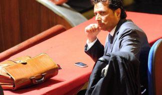 Der Unglückskapitän der der Costa Concordia, Francesco Schettino, im Gerichtssaal in Grosseto. (Foto)