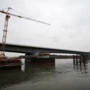 Chaos im Rhein-Main-Gebiet: Autobahnbrücke gesperrt (Foto)