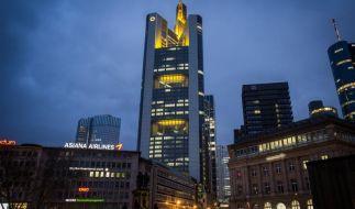 Commerzbank stimmt nach Gewinnsprung auf Gegenwind ein (Foto)