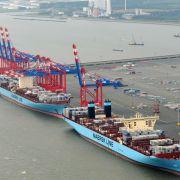 Krisenhafen JadeWeserPort tief im Minus (Foto)