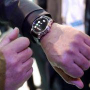 LG vor Start von Apple-Uhr mit neuem «Luxus»-Modell (Foto)