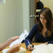 Praxisnahe Vorbereitung auf das Studium (Foto)