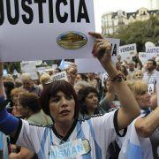 250 000 demonstrieren in Argentinien für unabhängige Justiz (Foto)