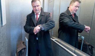 GDL-Chef Weselsky lässt den Beginn eines erneuten Bahnstreiks weiter offen - und zieht Kritik der Deutschen Bahn auf sich. (Foto)