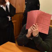 Pfleger unter Mordverdacht: Soko exhumiert acht Leichen (Foto)