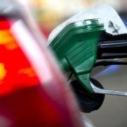 Ölpreis-Absturz führt zu sinkenden Verbraucherpreisen (Foto)