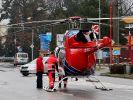Rettungshubschrauber am Schauplatz des Amoklaufs im tschechischen Uherksy Brod. (Foto)