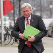 Bouffier weist Vorwürfe zu Kasseler NSU-Mord zurück (Foto)