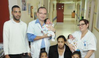 Die Familie freut sich über die vielen Kinder. (Foto)