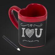 Mit der Love Heart Message-Tasse beginnt die Romantik schon am Frühstückstisch.