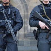 Warnung vor Islamisten: Polizeieinsatz in Bremen geht weiter (Foto)