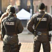 Bremen in Alarmbereitschaft - Fußball soll stattfinden (Foto)