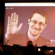 Snowden bei der CeBIT im Live-Interview per Video (Foto)