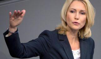 Kauder torpediert Schwesigs Pläne für Lohngerechtigkeit (Foto)