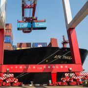 Chinas Exporte schnellen in die Höhe - Importe im Keller (Foto)