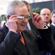 Volkswagen unterstützt Logistik-Mitarbeiter mit Datenbrille (Foto)